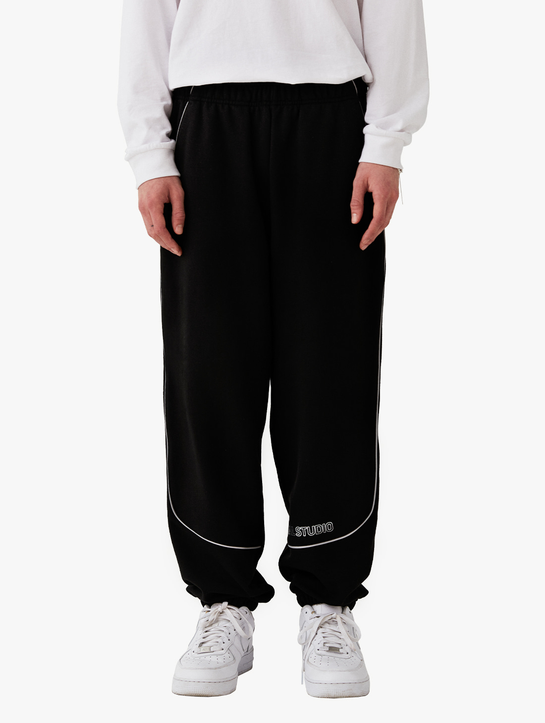 GOALSTUDIO PIPING JOGGER PANTS (3 Colors)